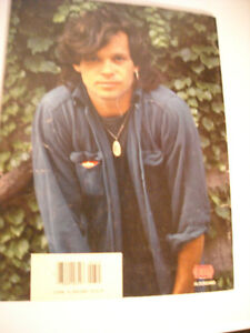 "John ""Cougar"" Mellencamp Booklet by Robus Books from 1985 Peterborough Peterborough Area image 2"