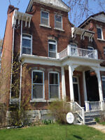 78 Wellington St.- STUDENTS! RENT NOW AND WE PAY 1ST MONTHS RENT