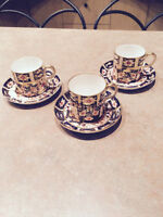 3 Royal Crown Derby cups and saucers pattern 2541