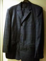 ELEGANT BRAND NEW Men Suit Size 38L