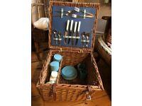 Vintage 1950 original picnic basket