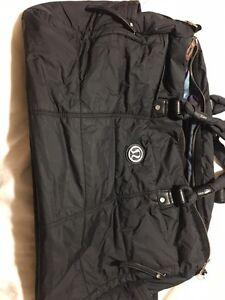 Lululemon gym bag Cambridge Kitchener Area image 1