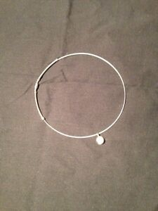 Lady's Sterling Silver Hoop Necklace with Pearl Kingston Kingston Area image 1