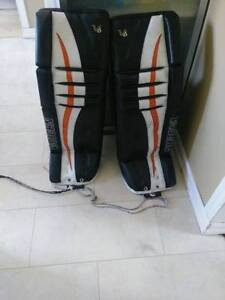 Jambieres de gardien de but Vaughn V6 Pro 34+2 Superbe condition