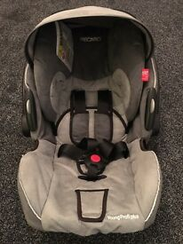 Recaro young profi plus baby child seat and isofix car base 0-15months