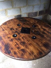 Coffee tables and dining tables