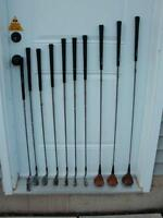 PowerBilt golf club set with push cart