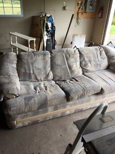 Couch good shape