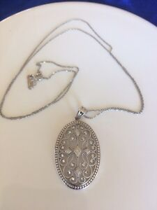 14k White Gold Pendant Necklace. Special Kitchener / Waterloo Kitchener Area image 2