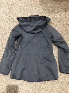 Women's Helly Hansen winter coar Regina Regina Area image 2