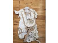 Aardvark 5 piece newborn set unisex Brand new