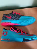 Souliers de basket Nike KD ( Kevin Durant ) Basketball Shoes