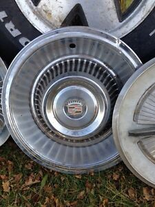 Gmc wheels and various hubcaps Kitchener / Waterloo Kitchener Area image 4