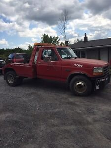 Ford F350 tow truck, wrecker 1991