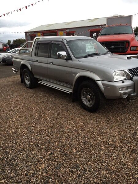 Mitsubishi l200 warrior low mileage!!!