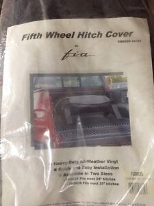 Fifth wheel hitch cover