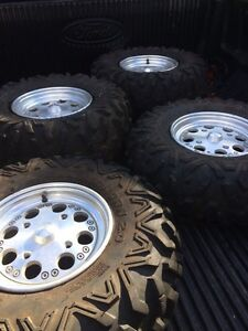 Can Am wheels and tires