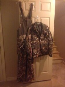 Under Armour hunting outfit