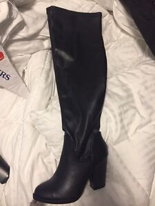 Size 6 leather over the knee boots  London Ontario image 2