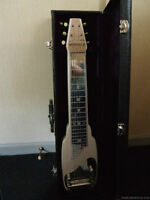 Beautiful !! Vintage Fender Guitar Lapsteel With Case