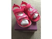 Clarks Star Games washable sandals, pink, size 9 F EU 27