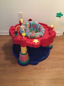 Baby graco exersaucer. AVAILABLE