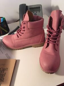 Knockoff pink timberlands