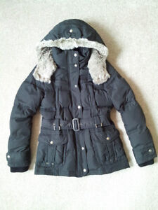 Like New: Down Winter Parka / Jacket (Size S)