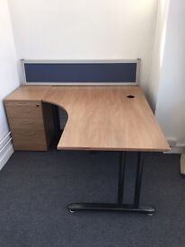 6 x high quality executive corner desk on clearance @ just £55 each