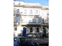 2 BED fully furnished flat on Victoria Square, Clifton