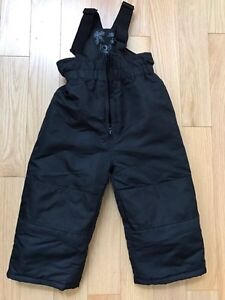 Black toddler snow pants size 2T like new!