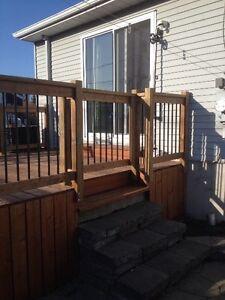 Deck pour piscine bois traité brun de qualité RBQ:8100965621 West Island Greater Montréal image 4