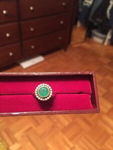 Stella & Dot emerald green and gold ring  Windsor Region Ontario image 3