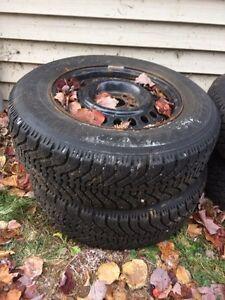 2 pneus Nordic 195/70r14