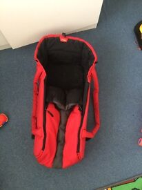 Phil and Ted Cocoon Very good condition.
