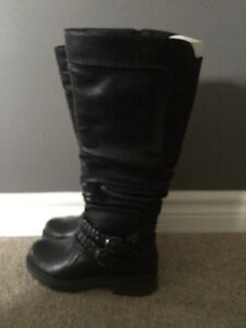 Size 6 boots  London Ontario image 1