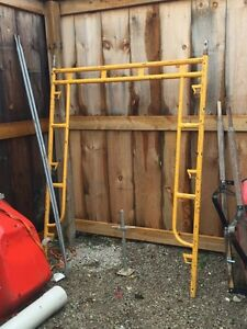 Walk thru scaffold for sale Sarnia Sarnia Area image 1