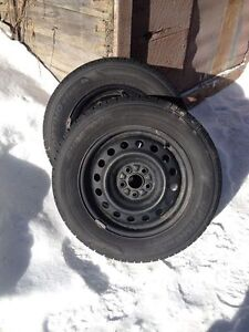 Two 195 65 R15 Hankook Optimo H725 All Season tires installed an