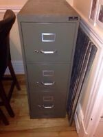 FILING CABINET 3 DRAWERS