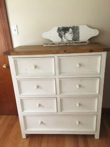 Gorgeous dresser and night stand like new