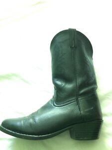 Leather Cowboy boots! $60 Kingston Kingston Area image 1