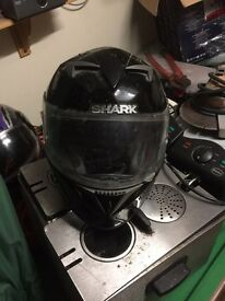 Shark Black motorbike helmet size medium
