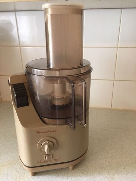moulinex masterchef 663 vintage brown food processor in bracknell berkshire gumtree. Black Bedroom Furniture Sets. Home Design Ideas