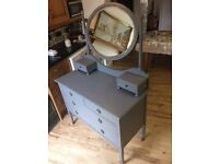 Antique Bedroom Dressing Table