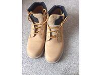 Size 10 Caterpillar boots
