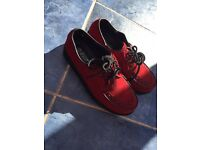 Red creepers size 5