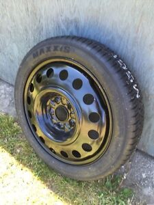 3 equinox rims with like new tires  London Ontario image 3