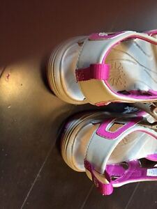 Ladies size 9 Merrell sandals - new with tags and box Kitchener / Waterloo Kitchener Area image 5