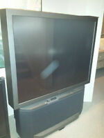 BIG SONY TV. WORKS PERFECTLY. NEED GONE ASAP! $75 OBO