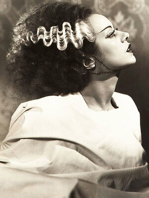Bride of Frankenstein UNSIGNED photo - L5447 - Elsa Lanchester - NEW IMAGE!!!